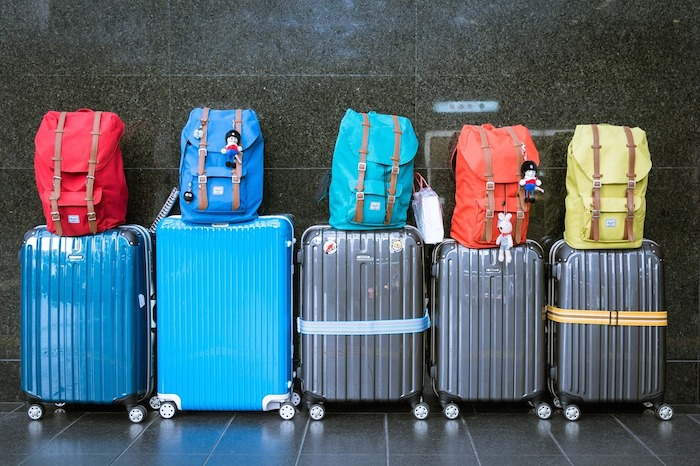 benefits-of-hard-shell-suitcases